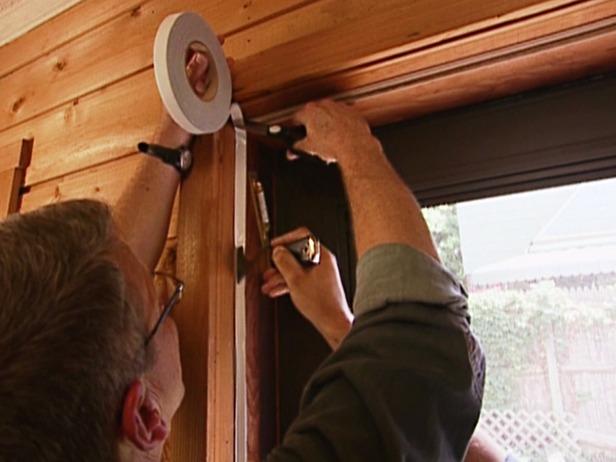 Замена уплотнителя на деревянных окнах своими руками