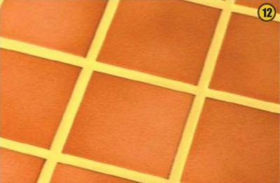 Стоит выбрать заполнитель на несколько тонов светлее или темнее основного цвета