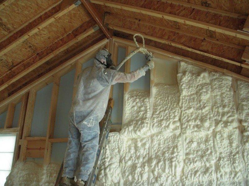 Утепление каркасного дома напылением пенополиуретана (ППУ)