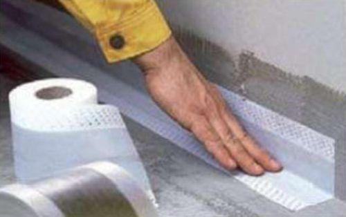 Эластичная водонепроницаемая лента Ceresit CL 52 из полиэфирной ткани с каучуковым покрытием. Для герметизации холодных швов и угловых зон (стена-стена, стена-пол). Для наружных и внутренних работ