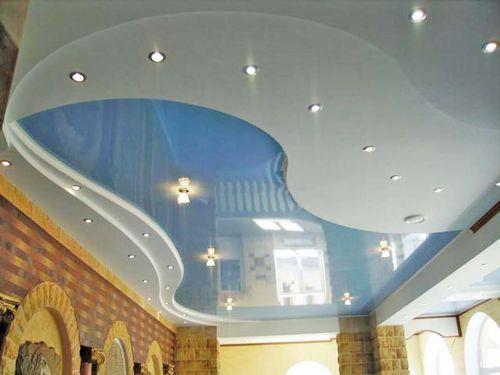 Совмещение подвесного потолка из гипсокартона с натяжным из ПВХ