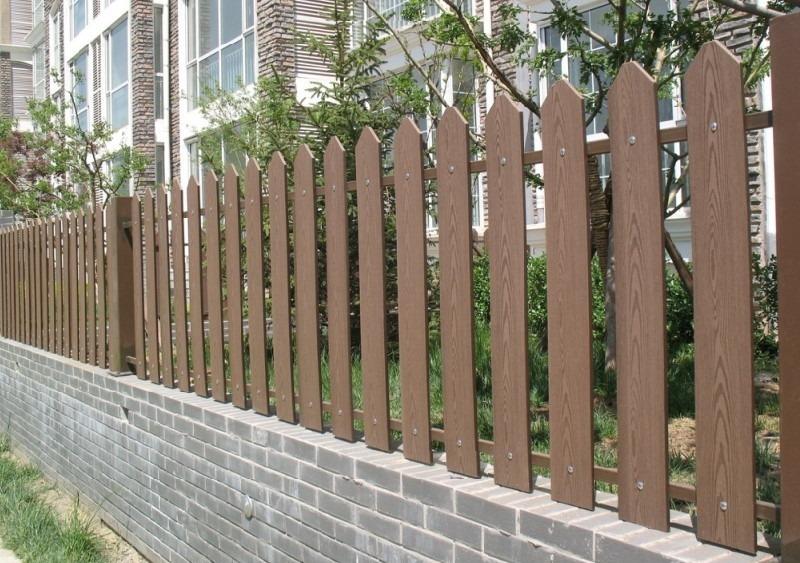 Древесно-полимерный композит (ДПК) - забор