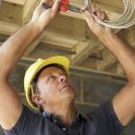 Особенности устройства электроснабжения в деревянном доме