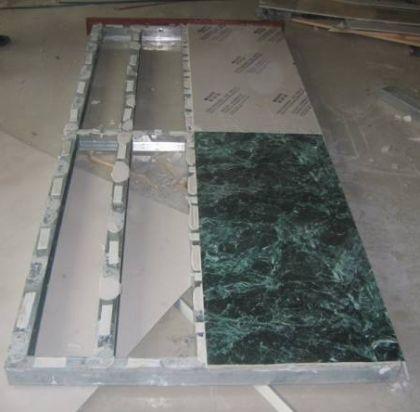 Ламинированный гипсокартон, гипсовинил или гипсолам - гипсокартон цветной, оклеенный виниловым покрытием
