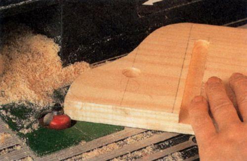 Фрезерование фасонных кромок выкружной фрезой