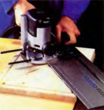 Приспособления и возможности ручного фрезера