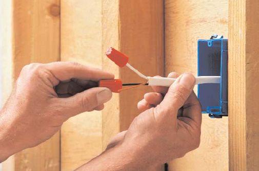 Прокладка и замена электропроводки в квартире