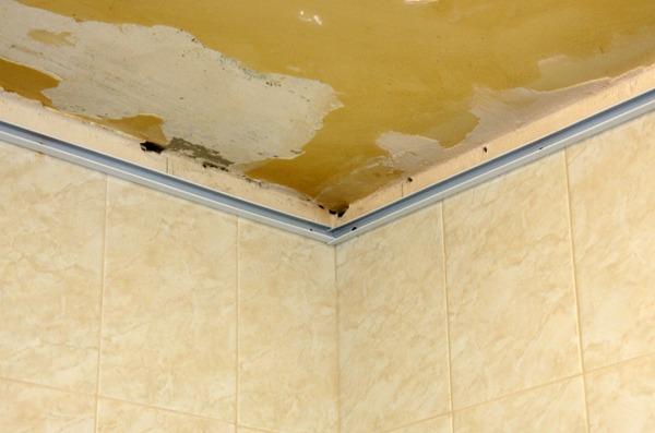Подвесной потолок в ванну своими руками 87