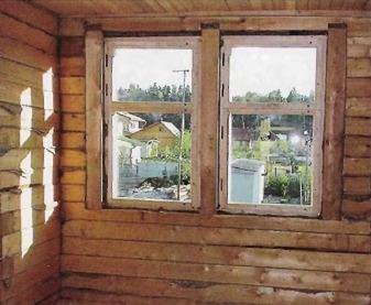 Компенсационный зазор обсадной коробки окна