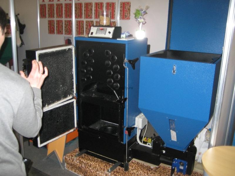 Твердотопливный котел, работающий на пеллетах BIOMASTER CS
