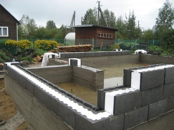 Строительство дома из керамзитобетонных термоблоков