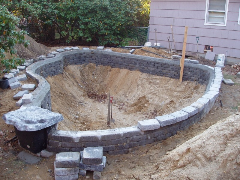 Строительство искусственного пруда. Подготовка котлована