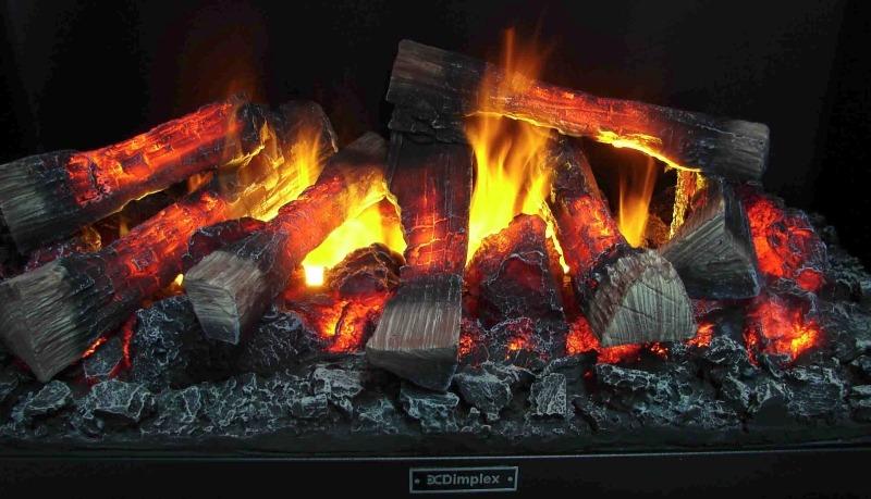Реалистичность пламени и дров электрокамина Dimplex