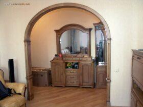 Декоративная деревянная межкомнатная арка