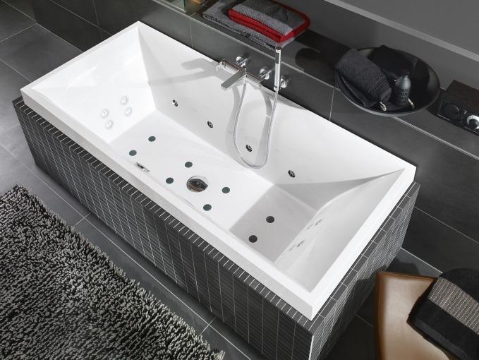 Гидромассажная ванна от Villeroy & Boch