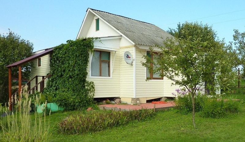 Виниловый сайдинг - отделка фасада дачного дома