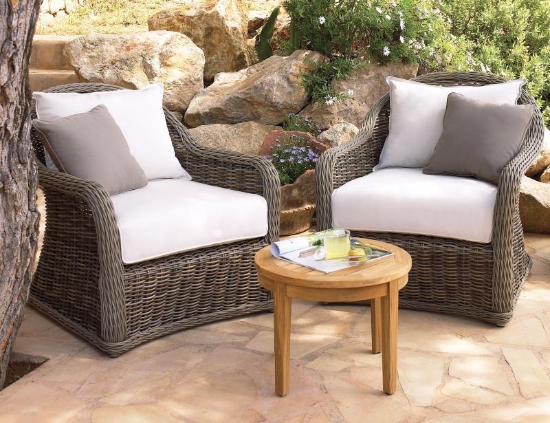 Плетеное садовое кресло, пластик, от Gloster, серия Havana