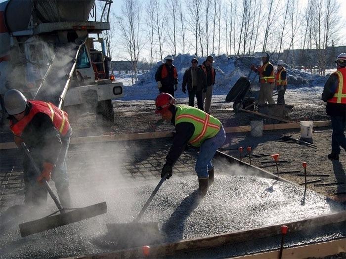 Заливка бетона при отрицательной температуре