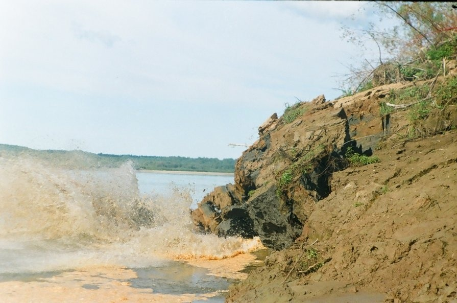 Обрушение берега