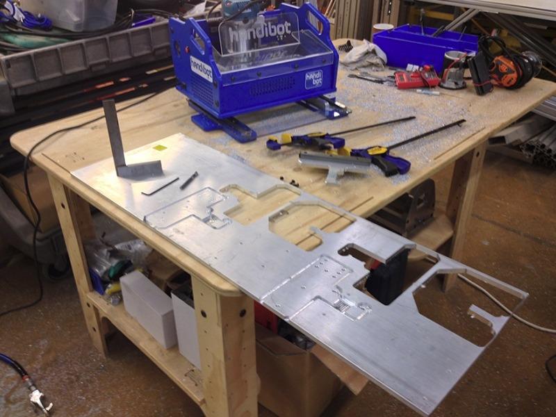 Портативный CNC-станок HandiBot