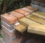 Строительство террасы из кирпича