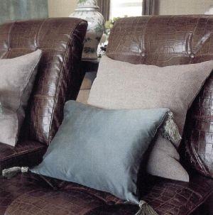 Традиционные кожаные стеганые кресла