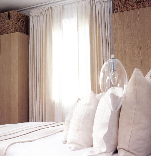 Спальня работы Берни де ла Куона