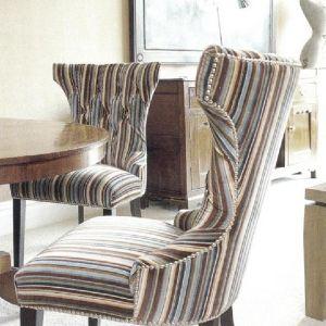 Полоски, которые Кит Кемп использовала для декорирования мягкой мебели в лондонском отеле «Soho», по колориту совсем не предсказуемы.