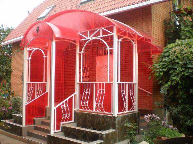 Крыша крыльца из сотового поликарбоната