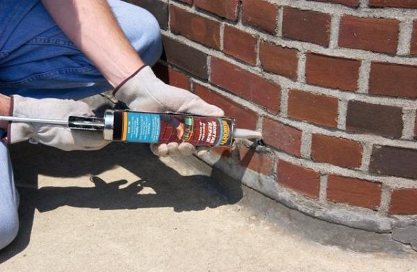 Акрило-латексный герметик для обработки наружных цементных швов