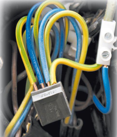 Современные способы соединения проводов при помощи клемм и клеммных колодок