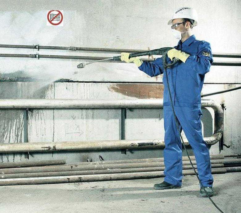 Последующее оштукатуривание поверхности после нанесения гидроизолирующих материалов
