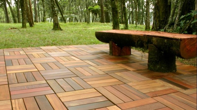 Древесно-полимерный композит (ДПК) - садовый паркет - открытая площадка