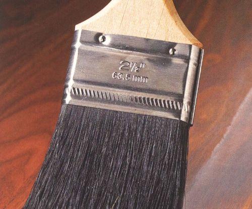 Покрытие древесины лаком. Нанесение лака кистью