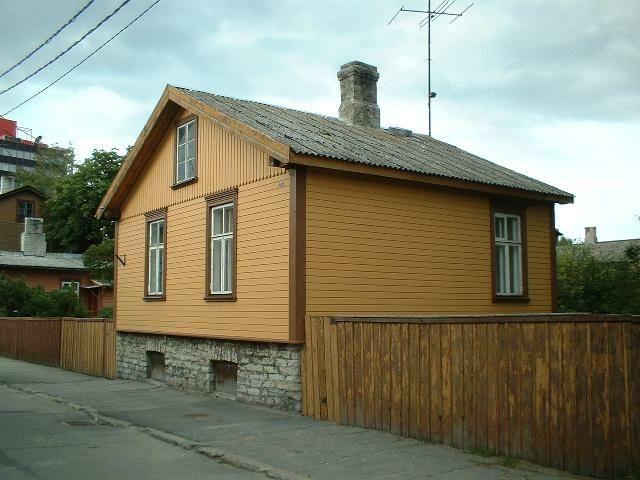 Фасад дома отделан фасадной доской
