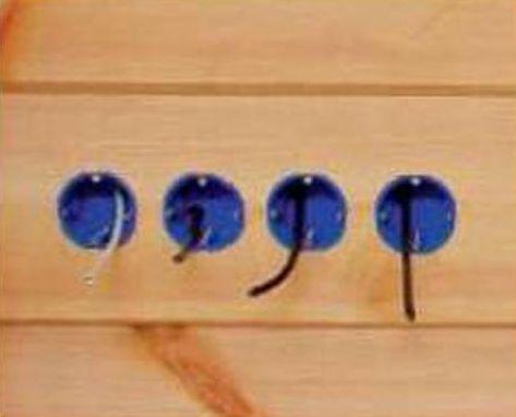Монтажные коробки под розетки при скрытой проводке в доме из клеёного бруса
