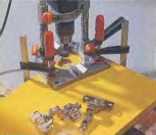 Чашеобразные углубления под мебельные петли электродрель сделает безупречно