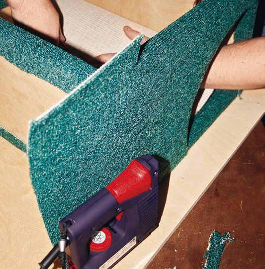 Как самостоятельно сделать когтеточку и домик для кошек