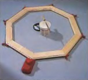 Натяжное устройство для стягивания четырех, шести и восьмиугольных конструкций
