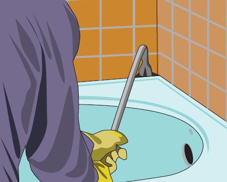 Освобождаем стенки ванны от кафеля