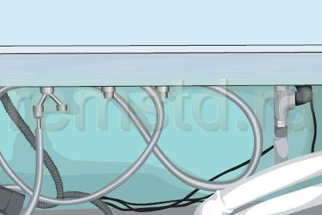 Вода прокачивается через шланги и поступает в форсунки