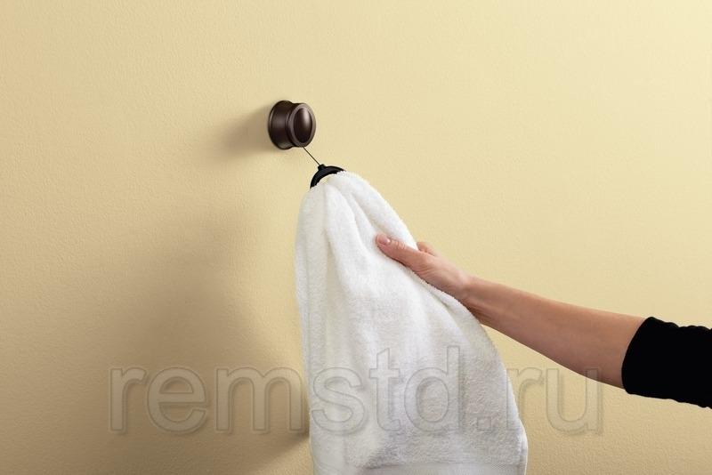 Выдвигающееся крепление для полотенца от Moen — лучший товар 2012 года