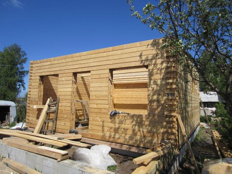 Строительство дома из пакетного утепленного бруса LOGECO