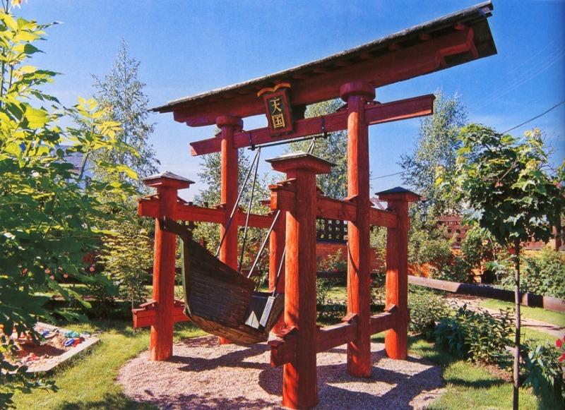 Детская площадка - японские ворота с кораблём качелями