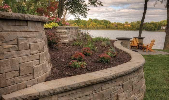 Укрепление склонов и откосов камнями. Строительство подпорных стенок