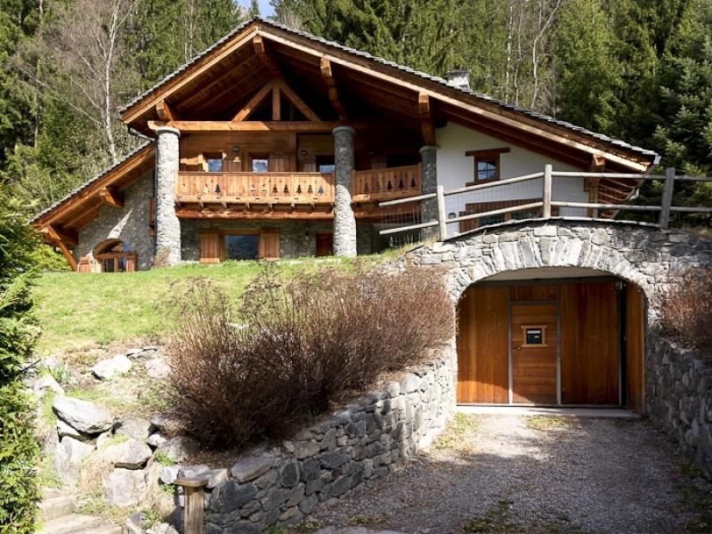 Комбинированный дом. Дом - шале