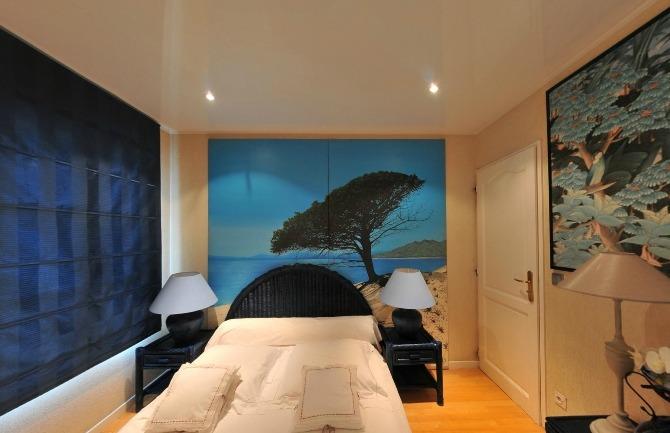 Натяжной потолок Barrisol в спальне