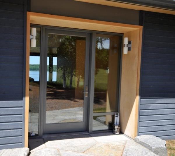 Входная дверь из стеклокомпозита