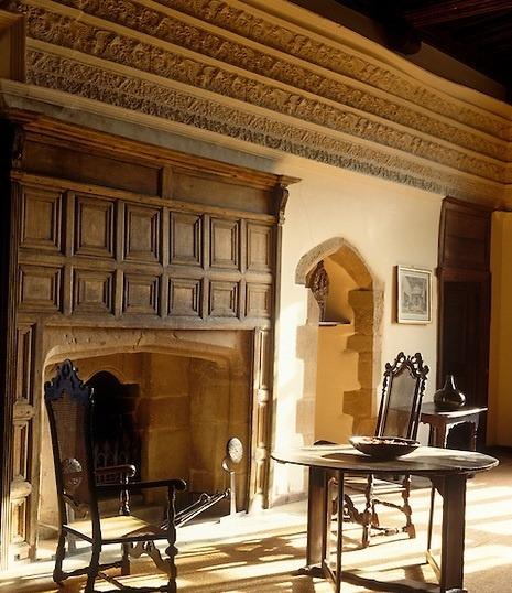 Дизайн классического английского камина