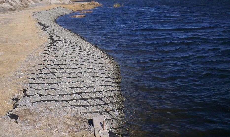 Укрепление береговой линии георешеткой